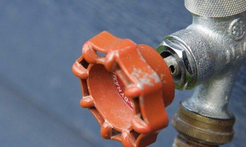 Non assumere un idraulico