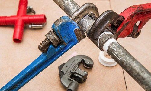 Chiama un idraulico per ridurre i costi dell'impianto idraulico
